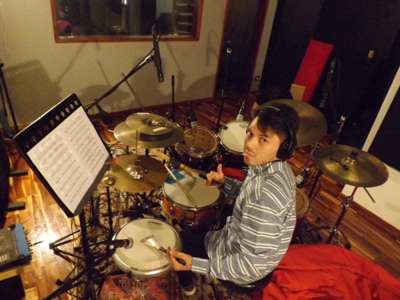 Josue im Tonstudio